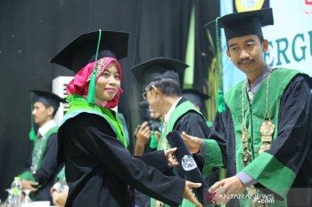 Tiga PT Al-Khairiyah Citangkil segera wisuda mahasiswa terbaiknya