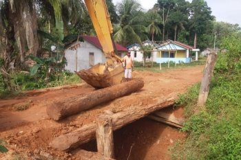 PT CITA bantu perbaikan lima jembatan di Desa Matan Jaya Kayong Utara