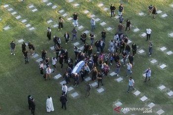 Warga Argentina sampaikan perpisahan terakhir kepada jenazah Maradona