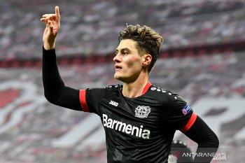 Leverkusen-Slavia Praha petik kemenangan