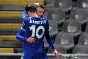 Liga Europa - Gol Jamie Vardy loloskan Leicester ke 32 besar Liga Europa