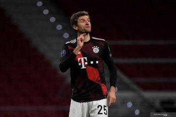 Berkat gol penalti Thomas Mueller,  Bayern imbangi Atletico