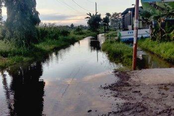 Banjir menggenangi ratusan rumah warga di  Cilacap
