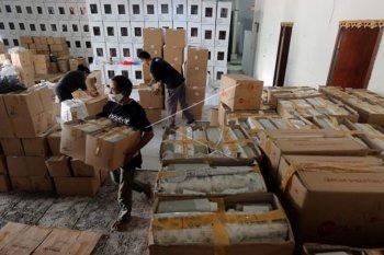KPU Denpasar distribusikan APD