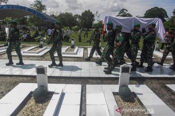 Upacara Pemakaman Tokoh Adat Dayak Kalteng Sabran Achmad