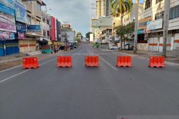 Penyekatan di Jl. Raden Inten di hari pertama PPKM Mikro Darurat COVID-19 Kota Bandarlampung