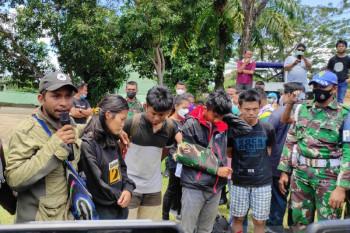 Some 10 survivors of Papuan terrorists' acts evacuated to Jayapura