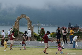 Ulun Danu Beratan Bali Tourist Attraction