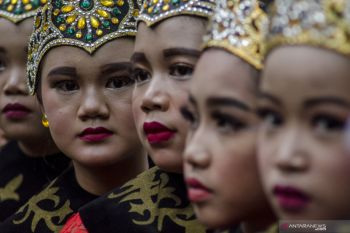 The Ibing Pencug Ewag Dancers
