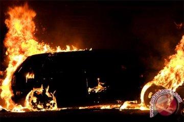 Cawagub NTT selamatkan diri saat Toyota Fortuner-nya terbakar