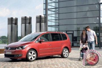 VW Targetkan Penjualan 30-40 New Touran
