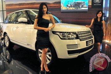 Range Rover akan menantang SUV Bentley