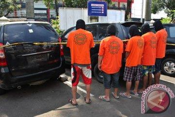 Polresta Bekasi tangkap kawanan pemecah kaca mobil kosong