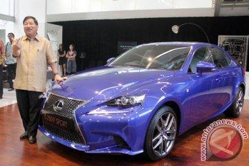Mobil Lexus Sport