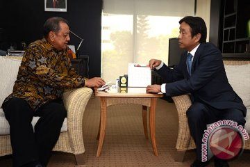 """Jokowi diminta """"hilangkan"""" mobil tua dari ibukota"""