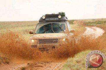 Range Rover hibrida tempuh 16.898 km Inggris-India