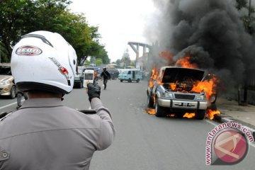 Ini sebab-sebab mobil terbakar