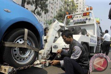 DKI Jakarta operasikan 32 mobil derek