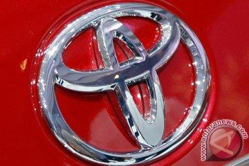 Toyota pamerkan mobil swakemudinya