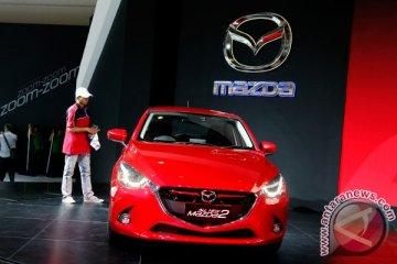 All New Mazda2 inspirasi tiga perancang busana muda JFW 2015