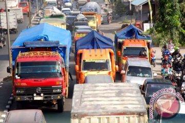 H-3 Lebaran angkutan berat nonpangan dilarang beroperasi
