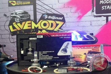 Autovision luncurkan LED Carbon dan Zenith di GIIAS