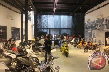 Piaggio buka toko konsep pertama di Indonesia