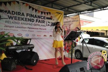 Adira Finance gandeng showroom Bekasi gelar Weekend Fair