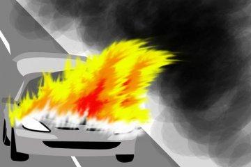 Mobil terbakar di Pesanggrahan karena aki