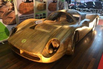Mobil dan motor kayu juga hiasi IIMS 2018