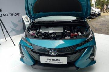 Beda penggunaan mobil listrik Mitsubishi dan Toyota dalam studi Kemenperin