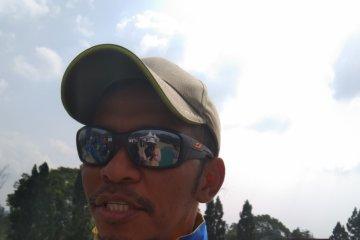 Kepala Pelatih Paralayang Thailand ber-KTP Bogor