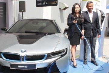 BMW pastikan bakal boyong mobil listrik baru jelang Formula E