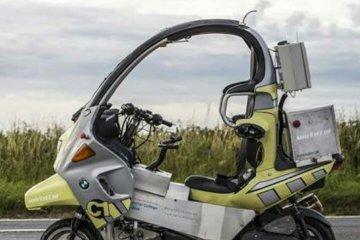 BMW mengeluarkan motor tanpa pengendara