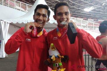 Eko-Nur Ferry, Kilau Medali Berbalut Nyeri