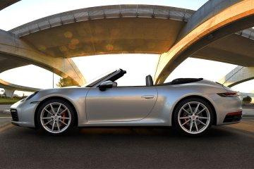 Porsche hadirkan model baru 911 Cabriolet