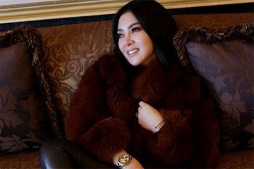 Kemarin, Syahrini menikah hingga ekspansi Gojek di Thailand