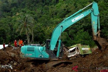 Pencarian korban bencana tanah longsor Gowa