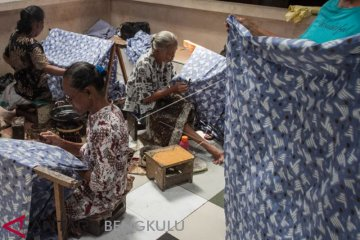 Batik Motif Dua Jari