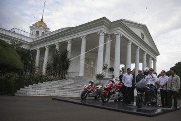 Jokowi Terima CEO Dorna Sport
