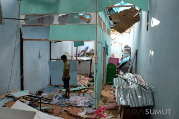Rumah Warga Rusak Dampak Bom Sibolga