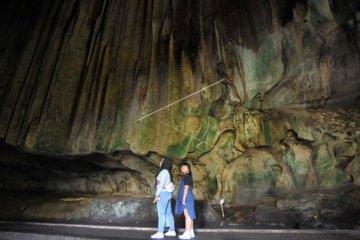Wisata Gua Batu Kapal
