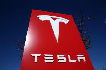 Penjualan Tesla kuartal pertama jatuh