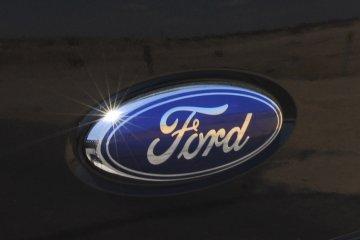 Ford China tarik 19.000 Escort karena korsleting