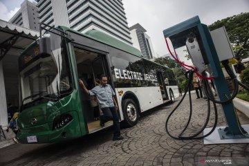 Bus listrik dan harapan udara bersih Jakarta