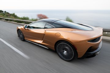 McLaren GT meluncur di Salone Auto Torino 2019