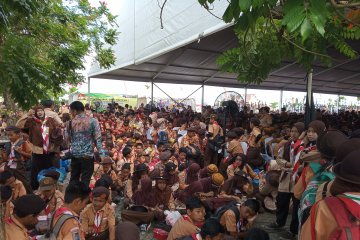 Pramuka Kalsel dapat rekor Muri menerima serentak 4.000 KIA