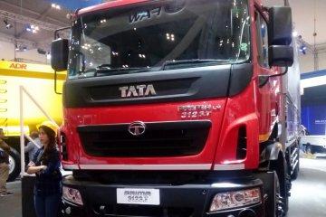 Tata Prima 3123.T 8x2, jagoan logistik baru Tata Motors