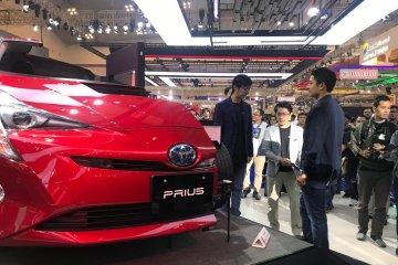 Penjualan mobil hibrid Toyota tumbuh pesat, ini kelebihannya