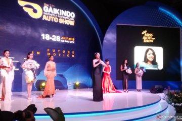 Adinda dari Lexus sabet gelar Miss Auto Show GIIAS 2019